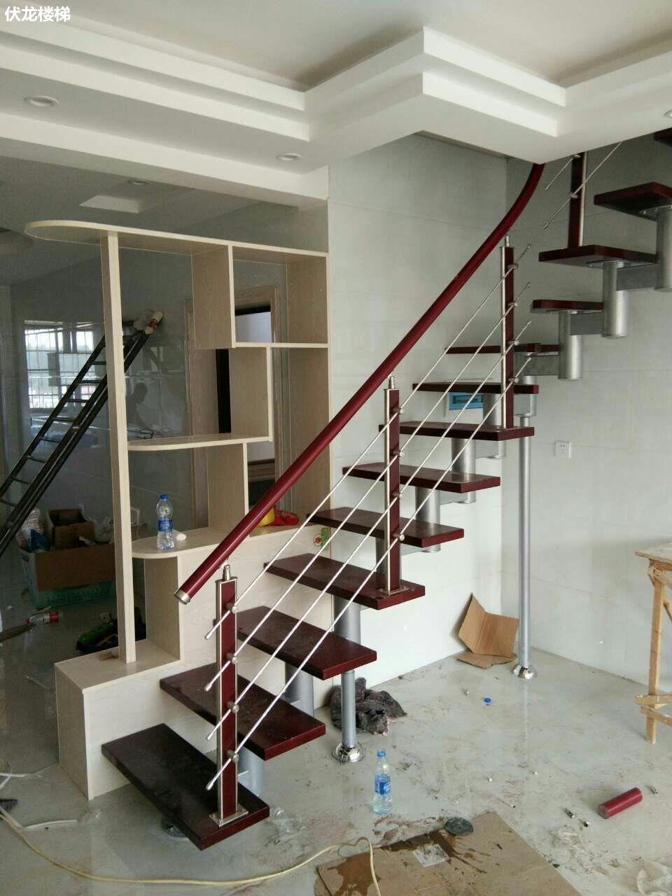 【产品10】阁楼整体楼梯-不锈钢拉丝扶手