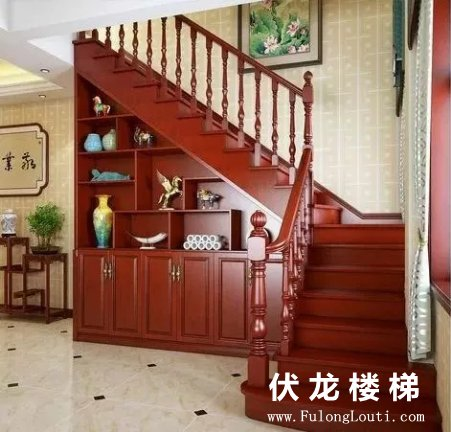 【产品19】全实木整体楼梯+书