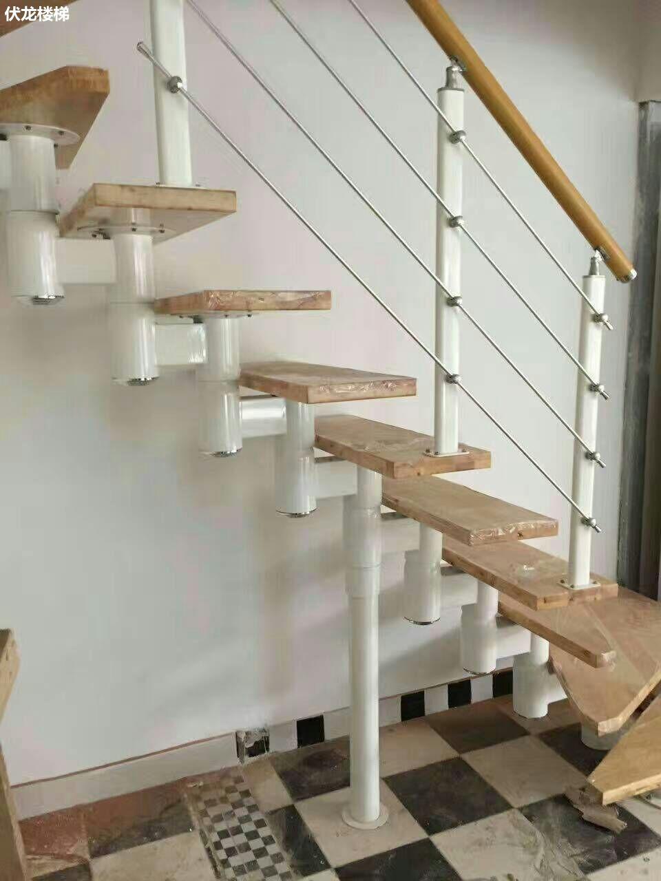 【产品11】复式楼梯-钢木拉丝楼梯扶手